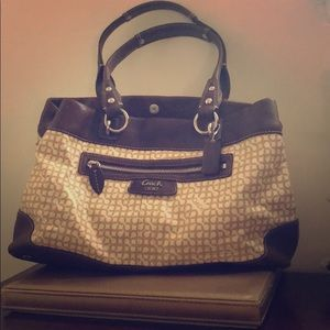 Coach bag in great fall colors!!